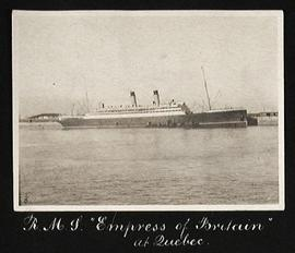 "R.M.S. ""Empress of Britain"" at Québec"