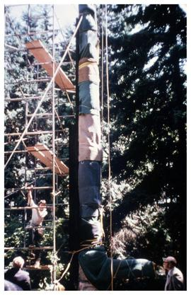 Moving totems 1975
