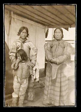 Inuit Women and Child