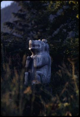 Grizzly bear monument #10, Saxman Park, Ketchikan, Alaska