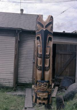 Mosquito Totem Pole, frontal view