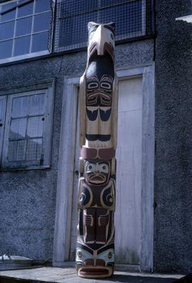 Thunderbird totem pole, front view