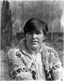 Portrait of Robert Davidson, Jr. (23 yrs), Haida carver & artist