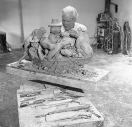 [Bill Reid carving Spirit of Haida Gwaii model]