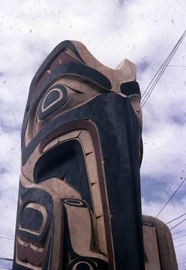 Mosquito Totem Pole, top close up