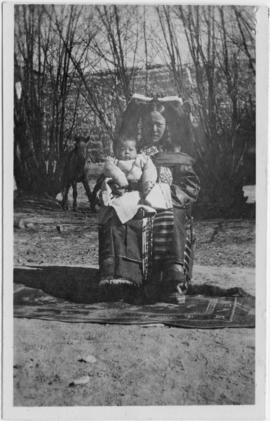 Lhasa woman and child