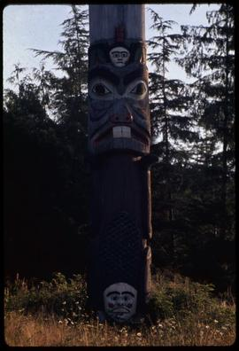 Eagle and beaver pole #18 (original), Saxman Park, Ketchikan, Alaska