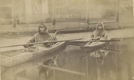 Men in kayak, Laborador