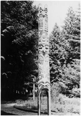 George Hunt Sr. pole (Kwakwaka'wakw)